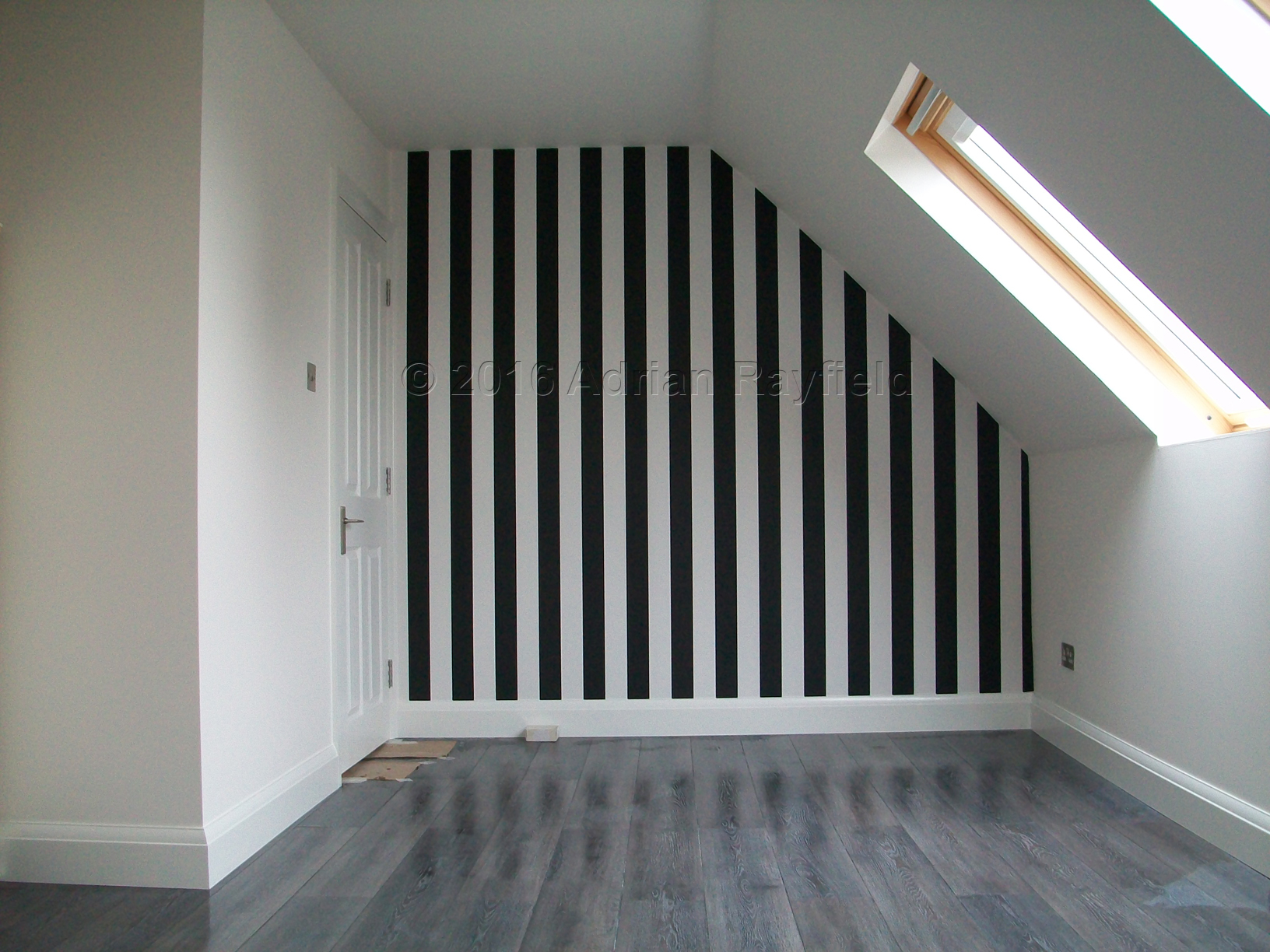 Loft feature wall wallpaper